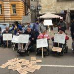 Протест пред МТСП